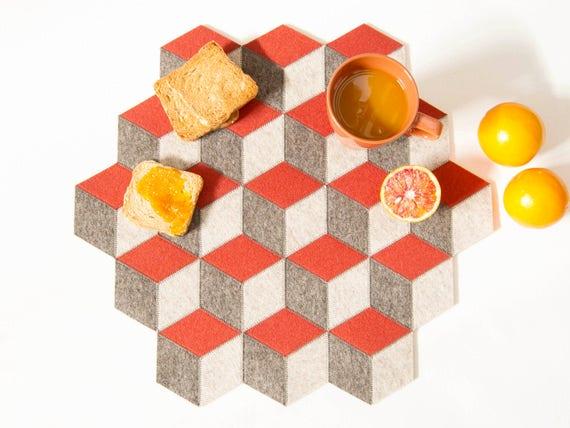 Large table mat / wool felt / grey and orange / geometric mat / stylish table mat / handmade / made in Italy