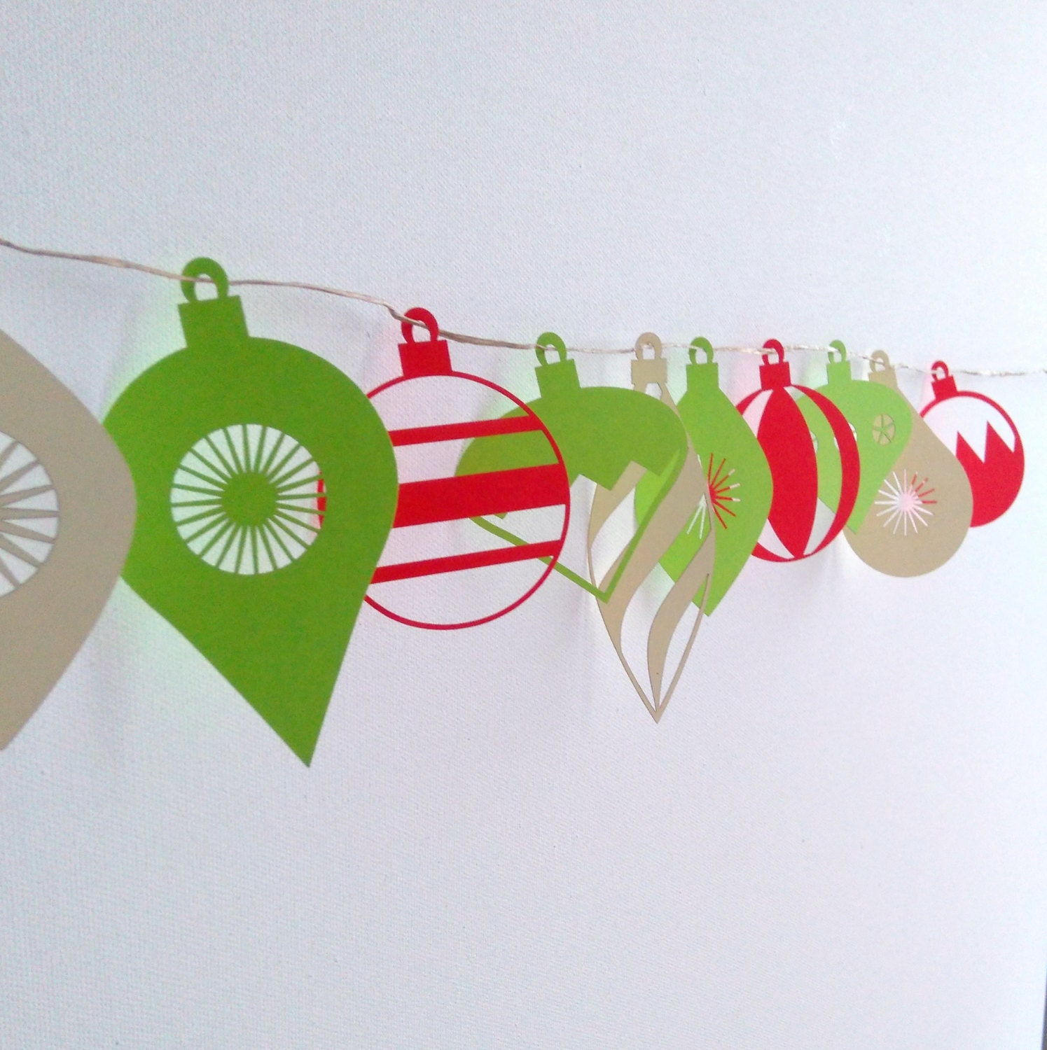 Interesting Paper Christmas Garland Contemporary - Best .