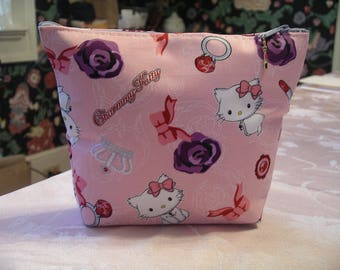 Pink Hello Kitty Glamour Clutch