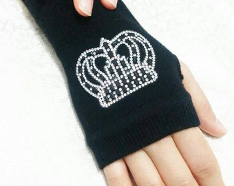 Queen, Fingerless gloves, embroidered gloves, black gloves, valentines day gifts, accessories, cute gloves, handmade gloves, winter gloves