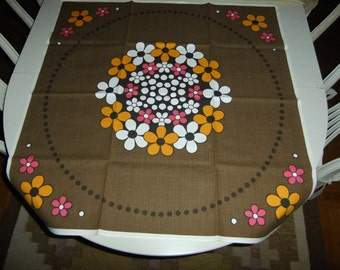 Vintage Swedish printed tablecloth - Colorful flowers - 1970s