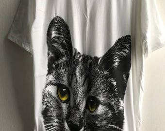 Cat Kitten Graphic T-shirt L