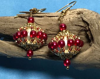Gold Red Earrings Beadwoven Earrings Red and Gold Dangles Red Bead Earrings Seed Bead Earrings Beadwork Earrings Circle Bead Earrings