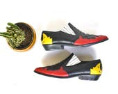 vintage Mootsies Tootsies leather ankle boots // black red yellow slip on western shoes // size 8