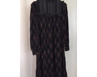 1970's contrasting stripe and paisley smock dress with mock neck