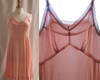 Slip dress pink, silk satin, small laces, Vintage 1930's