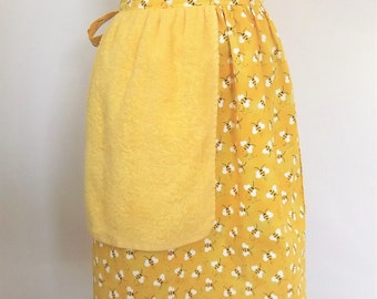 Woman's Bumble Bee Half Apron with Towel
