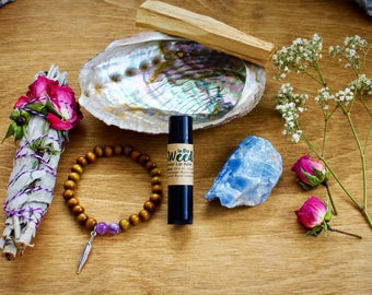 Deluxe Healing Kit, Healing Apothecary Kit, White Sage, Palo Santo, Abalone, Maka Bracelet, Lip Balm, Crystals, Intrinsic Journeys