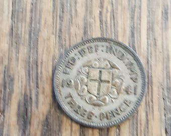 1941  Britain 3 Pence  SILVER  INVx2