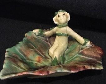 Pixie on a Leaf, Figurine Garden Elf, Vintage Pixie Figurine, Cottage Chic