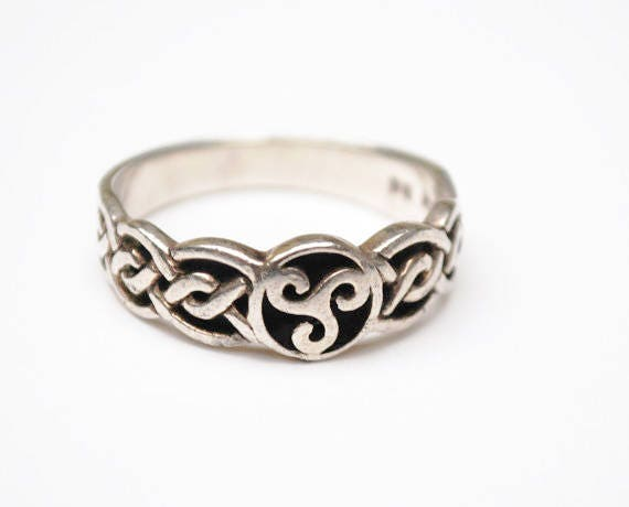 Sterling Celtic Ring - Size 11 - Irish Knot Sterling band ring
