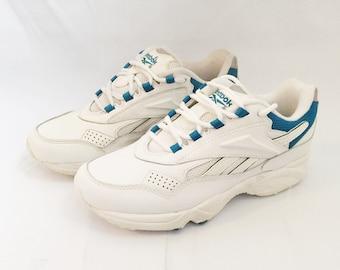Women's Reebok Sneakers Roadwalker Size 7.5 Deadstock