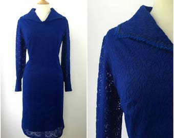 Vintage 1950s Dress - 50s Royal Blue Lace Dress - 50s Sheath Wiggle Pencil dress - Flock Pattern - Large - UK 18 / US 14 / EU 46 -