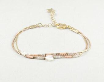 Maho bracelet, gold and blush || Dainty bracelet