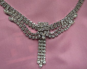 Elegant Regal Lavish White Rhinestone Necklace for Dressing Up and Feeling Amazing