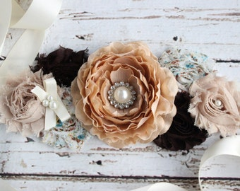 Rustic Vintage Maternity Sash, Rustic Baby Shower Sash, Country Mommy to Be, Photo Prop, Brown and Floral Sash