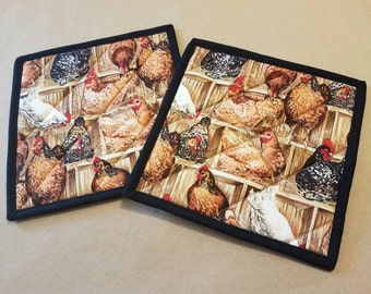 Hen House Quilted Potholders, Set of 2, Chickens, Chicken Coop, Insulated Trivets, Country Kitchen Decor, Housewarming Gift, Hostess Gift