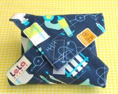 Boys Reusable Sandwich Wrap, Boys Fabric Lunch Wrap, co friendly Sandwich Wrap,Boys School Lunch Wrap,Lunch Place mat, Science Lab Navy Blue