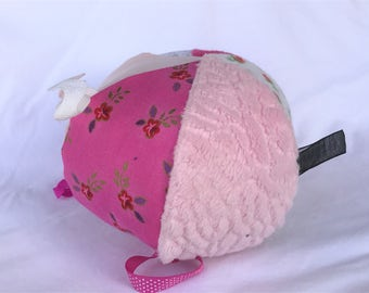 Jingle Fabric Tag Ball Baby Crib Toy Girl Pinks