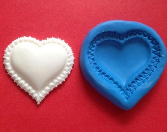 Frilly heart silicone mould