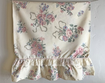 Vintage Floral Ruffle Edge Pillowcase, JC Penney Croscill Elizabeth Gray Pillow Case, Standard Pillowcase, Rose Bouquet Ruffle Bedding