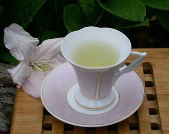 Ashitaba Tea. One Ounce, Cut and Sifted