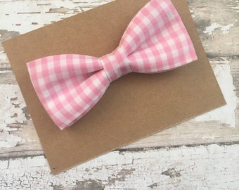 Pink bow tie..pink gingham bow tie..boys bow tie..Easter bow tie..valentines bow tie..wedding bow tie..newborn bow tie..toddler bow tie..