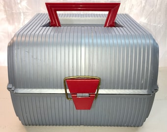 Vintage Sassaby Cosmetics Case Carry Case Travel Case with Mirror. Supplies. Portable. Caboodles. Gray and Red.