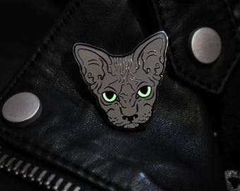 Grey Hairless Sphynx Cat Enamel Pin