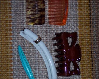 Vintage hair clips,set of 5 assorted style hair accessories,2 combs,ponytail claw clip,up-do clips,plastic