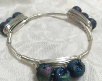 Saphire Blue Druzy, Drusy Stones on Wire Wrapped Bangle -  Acrylic Druzy, Drusy Stones on silver, anti-tarnish wire