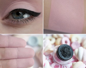 Eyeshadow: Marshmallow Maker - Light Castle. Light pink matte eyeshadow by SIGIL inspired.