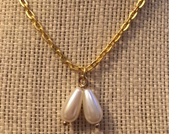 "14"" Simple Gold Pearl Necklace"