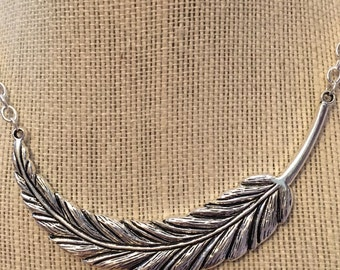 "18"" Large Neakline Feather Necklace"