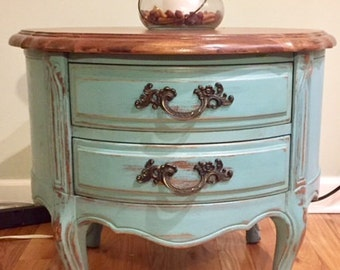 SOLD - Hand painted and refinished Drexel side table