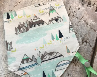 reversible and waterproof bandana bib, teepee and turquoise