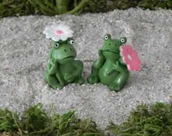 Fairy Garden accessories frog with flower, miniature frog, fairy garden accessory, garden miniatures, fairy garden supply terrarium supplies