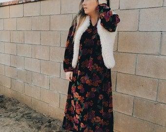 Vintage Floral Velvet Midi Dress