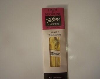 Sewing Gift Basket- Maize Zipper -VINTAGE Talon Zipper-Sewing Supplies-sewing notions- Easter Basket