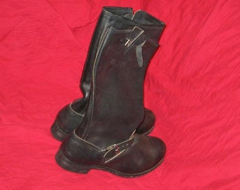Motorcycle boots men's size 14