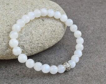 Moonstone bracelet, Silver bracelet, Moonstone jewelry, Gemstone bracelet, White bracelet, Gift for her, Blue flash moonstone