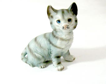 Vintage Ceramic Gray Blue Striped Tabby Cat with Blue Eyes, lot 23