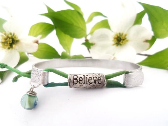 Personalized Believe Secret Message Medallion Bracelet, Custom Wording, Graduation Gift, Mothers Gift, Sisters Gift, Jewelry with Meaning