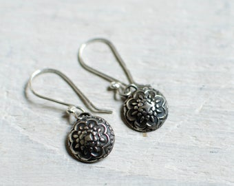 pair earring silver solid (925), flower, delicate, black and white