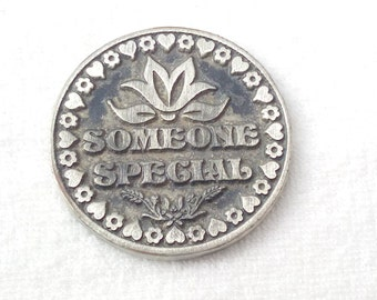 Love Token Coin - Best Friend Gift Coin Gift - Sentimental Gifts for Him and for Her - Sentimental Gifts - Friendship Gift - Family Gifts