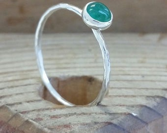 silver emerald skinny hammered ring