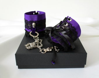 Accessories of Lingerie Cuffs Handcuffs Textile and Metal
