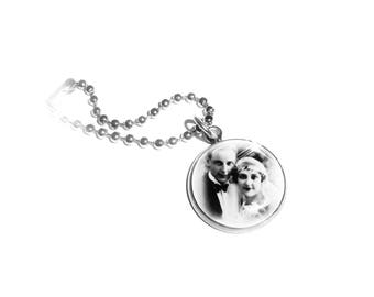 Personalized pendant with your photo