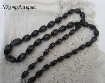 Black glass beads 1930's