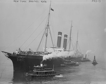 American Line ocean liner SS New York arriving in New York August 9, 1914